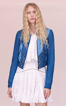 PATCH CHAMBRAY JACKET & SLEEVELESS EMBROIDERED CAMI DRESS