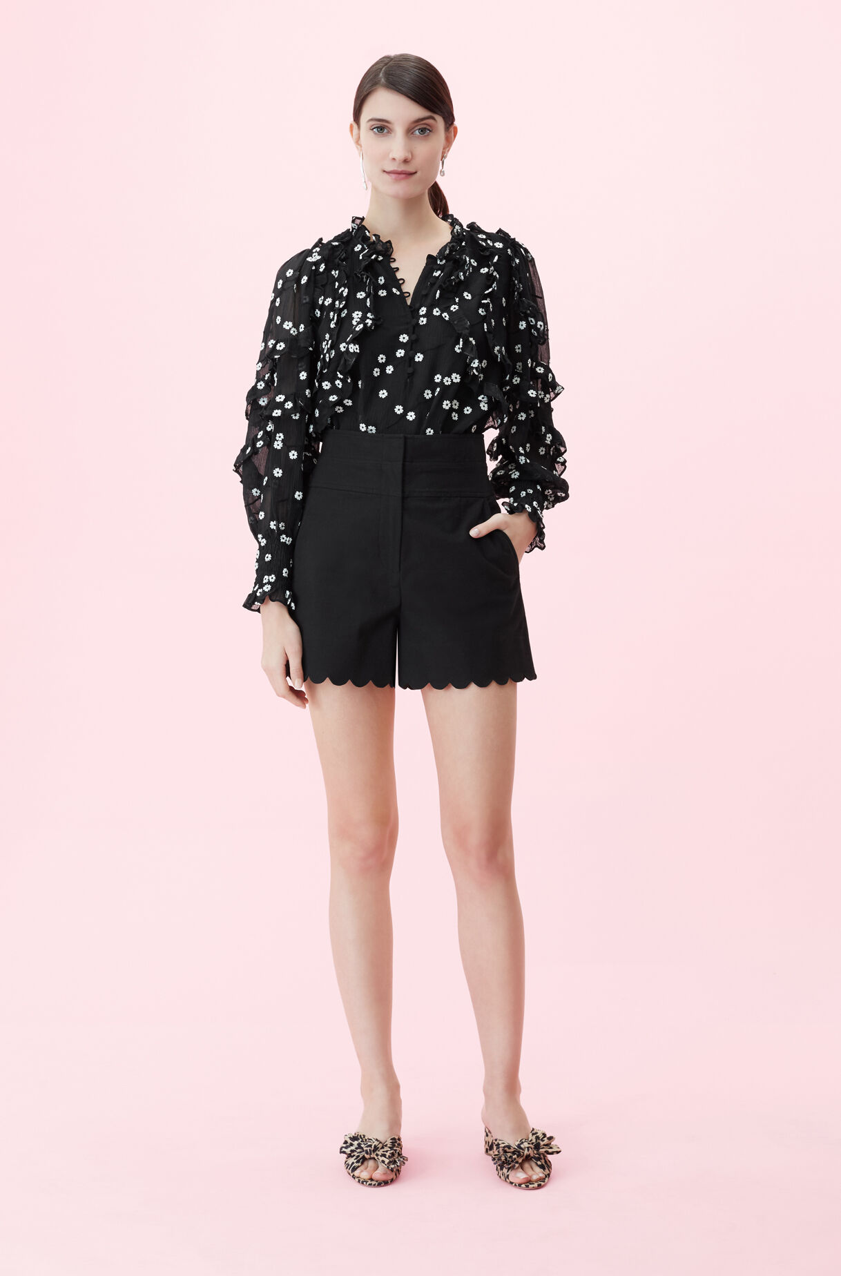 Scalloped Suiting Short, , large