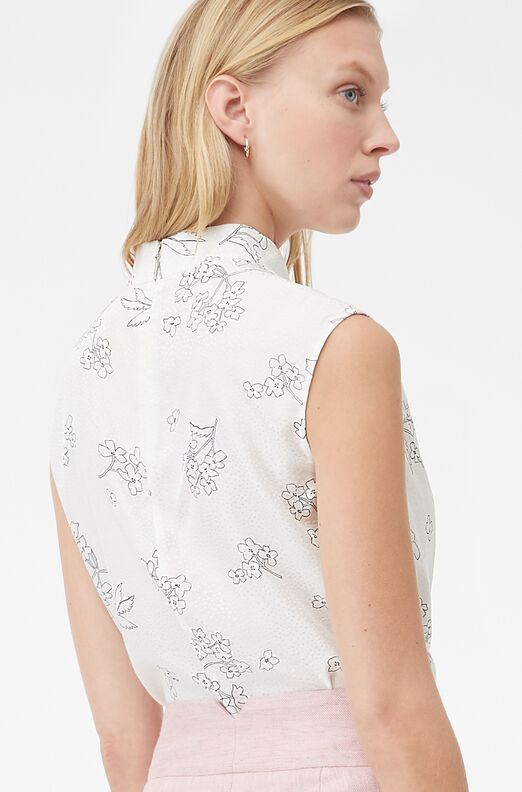 Tailored Silhouette Floral Top