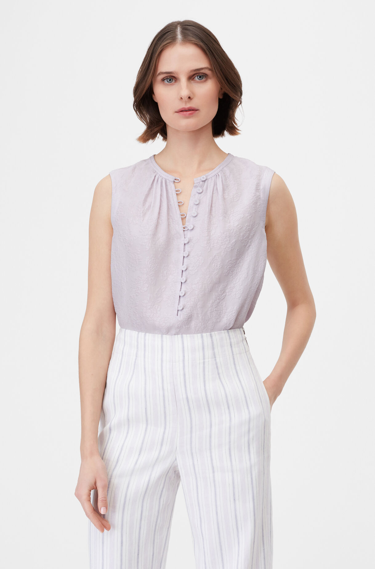 319229T383-Faded Lavender