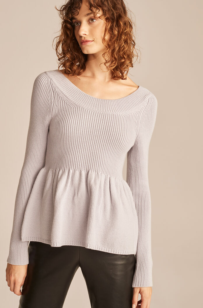 Scoop Neck Peplum Pullover-Pale Lilac
